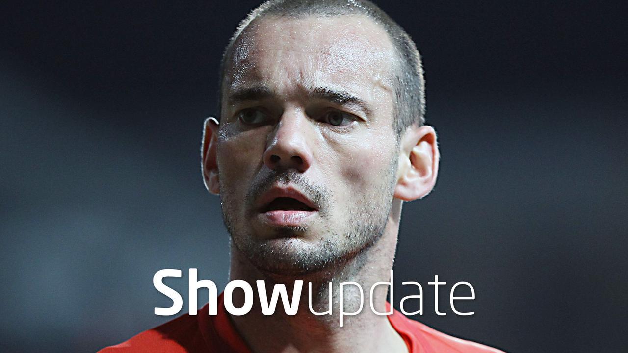 Wesley Sneijder in de clinch met zijn club