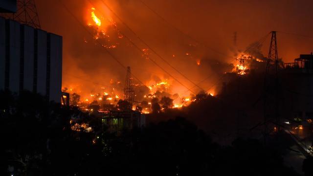 Vlammen grijpen om zich heen bij Turkse kolencentrale