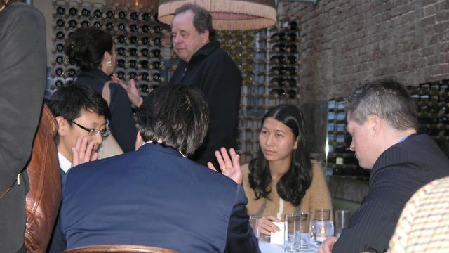 Nieuw Azië-onderzoeksinstituut van start in China Café in Scheltema