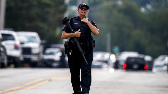 Klopjacht na dood politieman bij Chicago