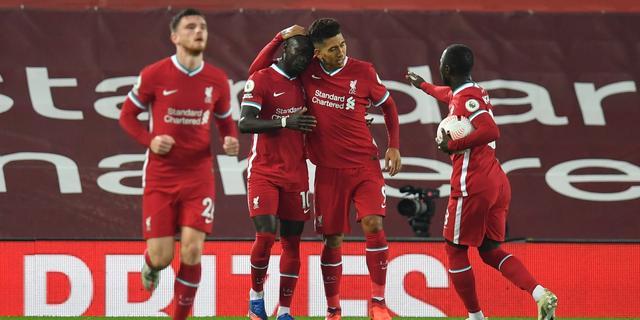 Liverpool wint ook topper van Arsenal, Tete valt uit bij verliezend Fulham