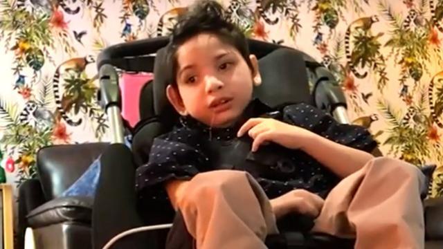 Britse adoptieorganisatie zoekt via video-advertentie nieuw thuis voor Kevin (6)