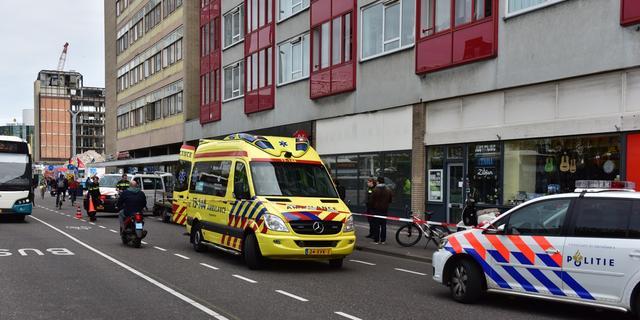 Fietser gewond bij aanrijding op Stationsplein