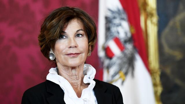 Brigitte Bierlein benoemd tot eerste vrouwelijke kanselier van Oostenrijk