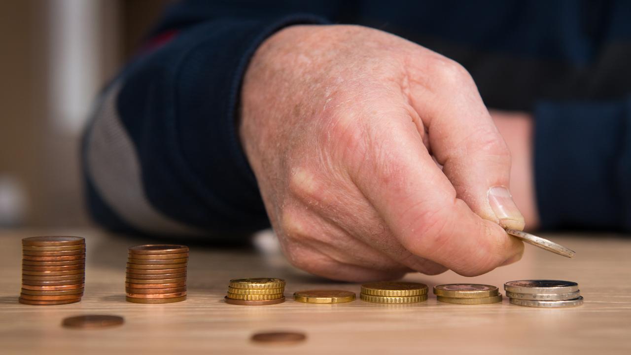 Pensioenfondsen zien dekkingsgraden verder dalen