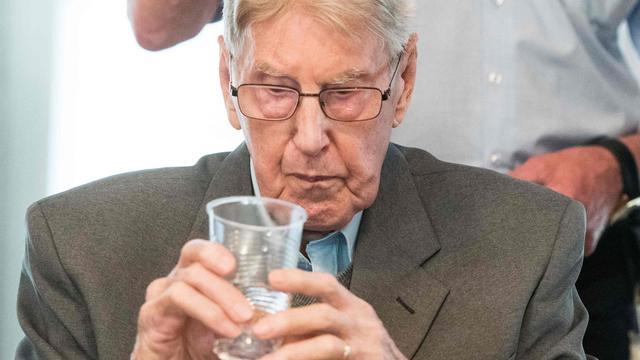 Oud-kampbewaker van Auschwitz Reinhold Hanning (95) overleden