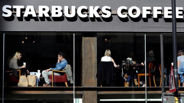 Koffieketen Starbucks verlaagt omzetverwachting