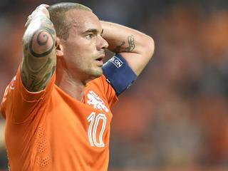 31-jarige middenvelder baalt van rode kaart en weggeven penalty tegen IJsland