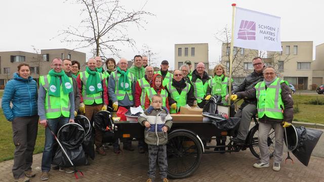 Schoenmakershoek Etten-Leur weer afvalvrij na Landelijke Opschoondag