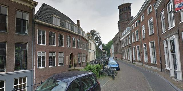 Gedeelte Kromme Nieuwegracht volgend jaar opnieuw bestraat