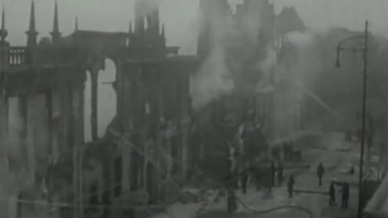 De brand in het stadhuis van Leiden in 1929
