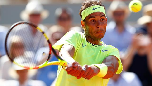 Nadal en Federer zonder setverlies naar laatste acht in Parijs