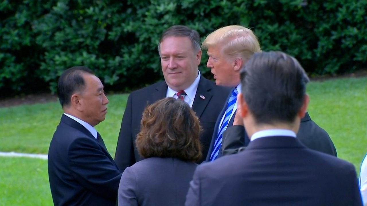 Trump doet Noord-Koreaanse delegatie uitgeleide bij Witte Huis