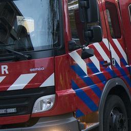 Veel rook door grote brand bij metaalbedrijf in Rotterdamse haven