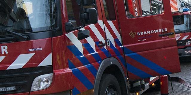 Brand verwoest woning aan Ambachtsherenweg in Klundert