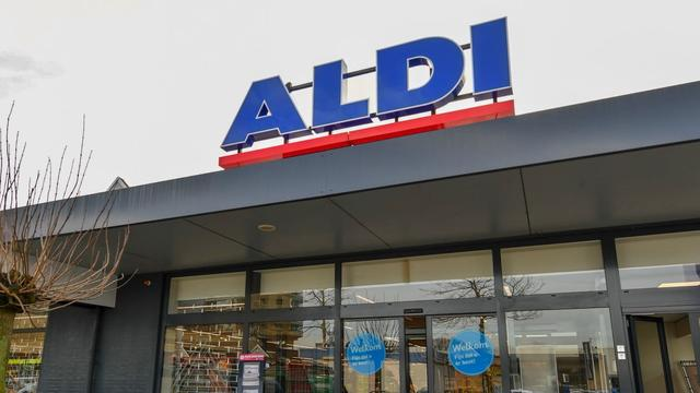 Vernieuwde supermarkt Aldi geopend aan Euromarkt