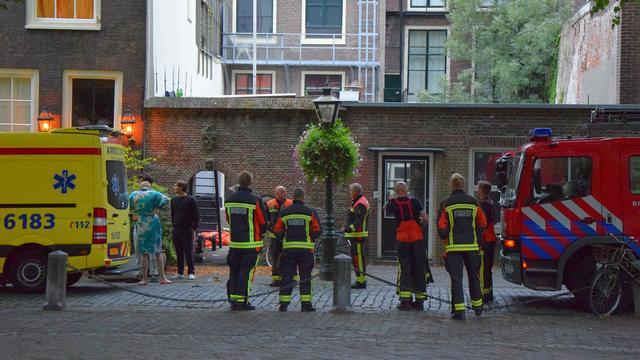 Hulpdiensten rukken uit naar studentenpand Pieterskerkhof na vermeend gaslek