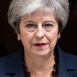 May voert crisisoverleg over impasse in Brexit-overleg