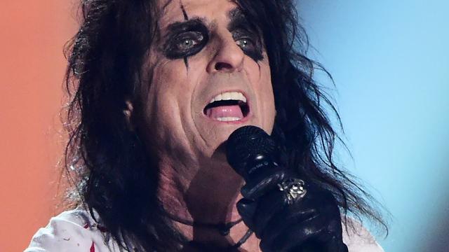 Alice Cooper vindt nieuwszenders schokkender dan rockbands