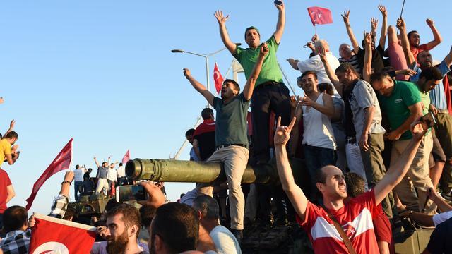 Negentig doden bij afgeslagen staatsgreep in Turkije