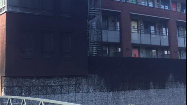Woningcorporatie doet aangifte na brand in Bergse parkeerkelder