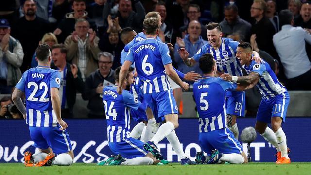 Pröpper stelt lijfsbehoud veilig met Brighton door knappe zege op United