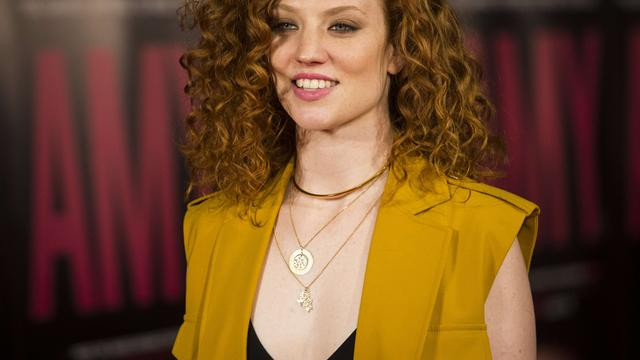 Jess Glynne treedt op in liveshow The Voice of Holland