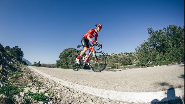 Kelderman stapt door rugproblemen zo goed als zeker af in Tour de France