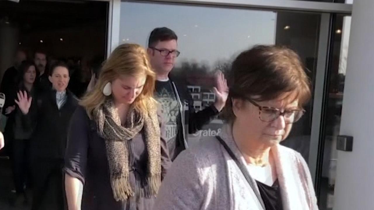 Paniek breekt uit tijdens schietpartij in winkelcentrum Utah
