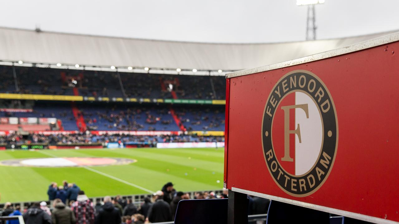 Fewer Fans And Face Masks At Feyenoord Sparta Ajax Fc Utrecht With Audience Teller Report