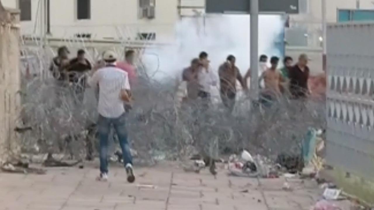 Veiligheidsdiensten en demonstranten slaags in Bagdad