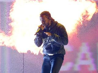 Kendrick Lamar sluit de Alpha-tent af.