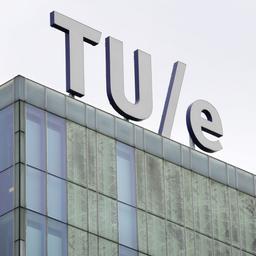 TU Eindhoven hervat beleid om vrouwen voor te trekken, maar dan anders
