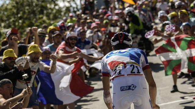 Video: Hectiek op Alpe d'Huez beleefd vanaf de fiets