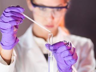 Gezondheidsklachten zijn slecht voor promovendus, wetenschap en economie