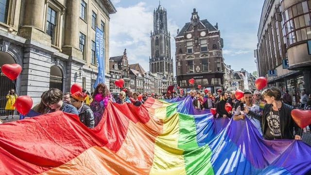 Route Walk of Love start dit jaar op Jaarbeursplein voor Beatrixtheater