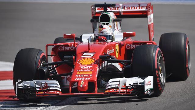 Vettel moet vijf posities inleveren op startgrid voor GP Rusland