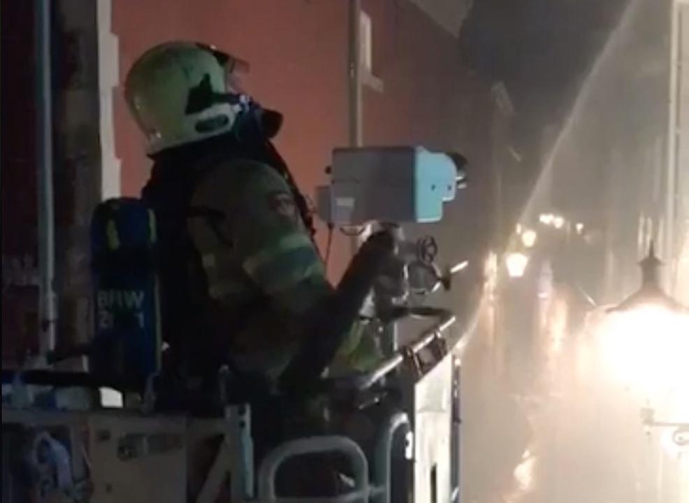 Kroegen ontruimd na grote brand in Maastricht