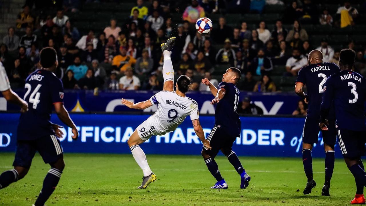 Ibrahimovic scoort met prachtige omhaal voor LA Galaxy
