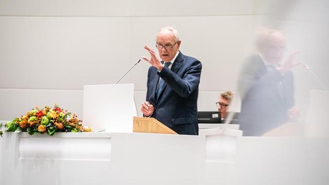 Johan Remkes beëdigd als waarnemend burgemeester Den Haag