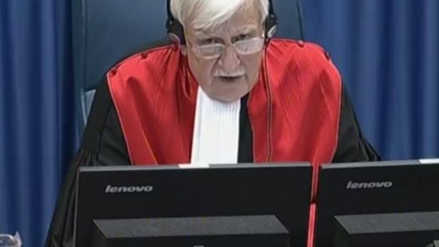 Eindejaarsinterview rechter Joegoslaviëtribunaal: 'Iets in beweging gebracht'