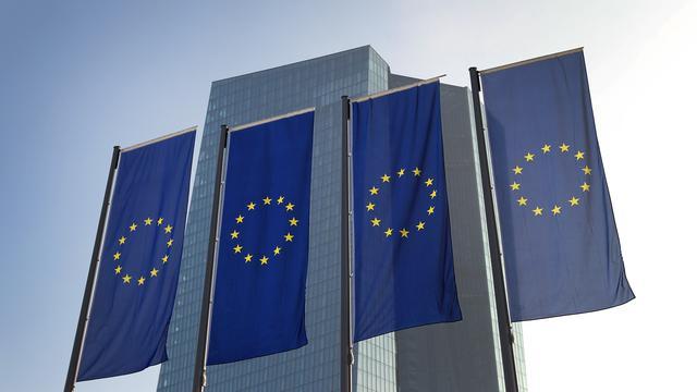 'Europese Centrale Bank voert druk op hervormingen overheden op'