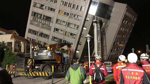 Doden en ruim honderd gewonden na krachtige aardbeving in Taiwan
