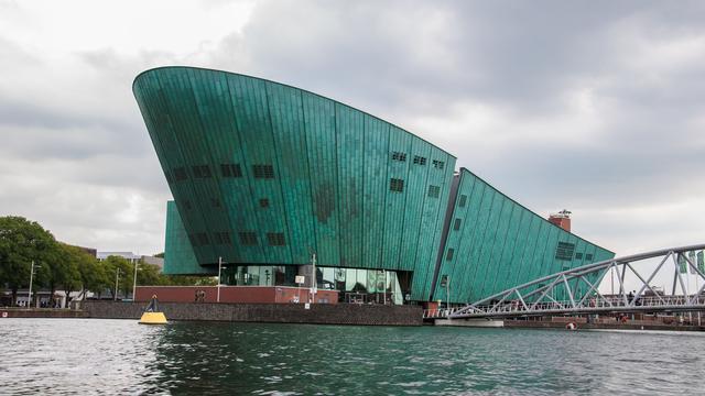 Weekend in Amsterdam: Museumnacht en stille disco op Veronicaschip