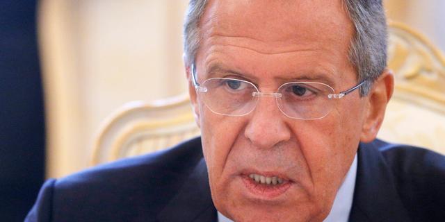 Lavrov blijft Russische betrokkenheid MH17 ontkennen