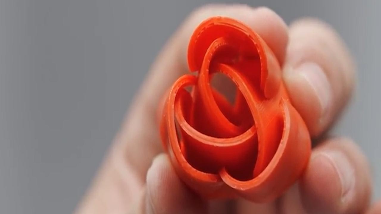 TU Delft herstelt botten met zelfvouwende bloemen