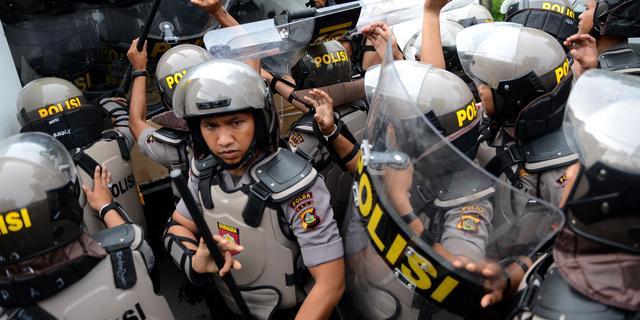 Indonesische politie arresteert 141 mannen bij inval in homoclub Jakarta