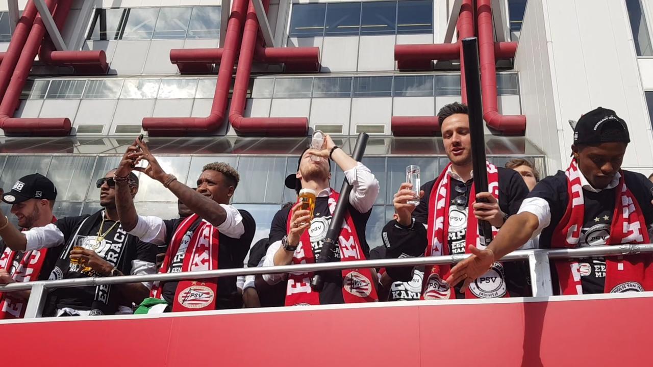 Zo beleefde PSV de huldiging voor het winnen van de landstitel
