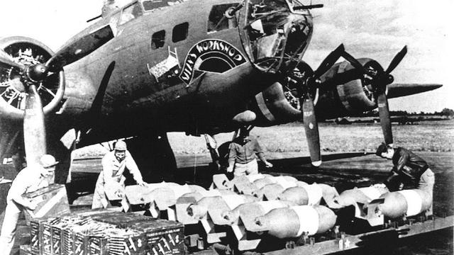 Vrijwel intact wrak Amerikaanse bommenwerper gevonden in Noordzee