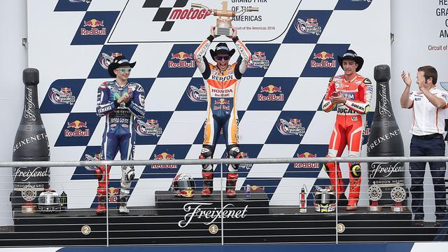 Marquez boekt tweede opeenvolgende zege, Rossi valt in Texas